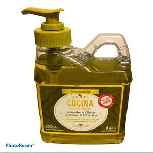 Cucina Hand Soap with Coriander and Olive Tree NEW